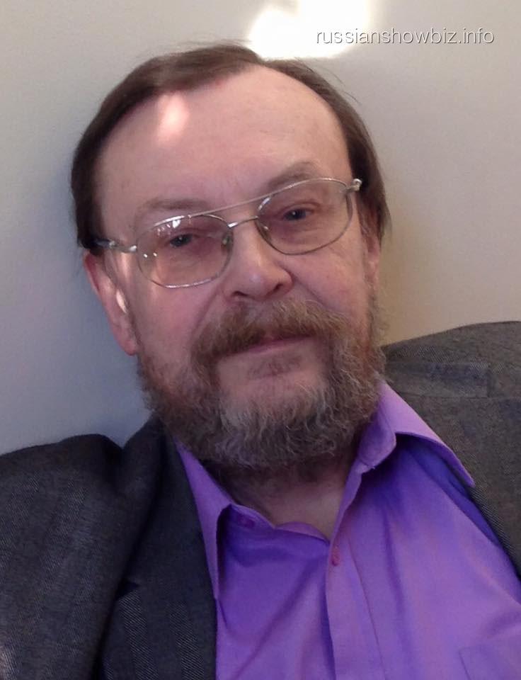 Отец Яны Поплавской