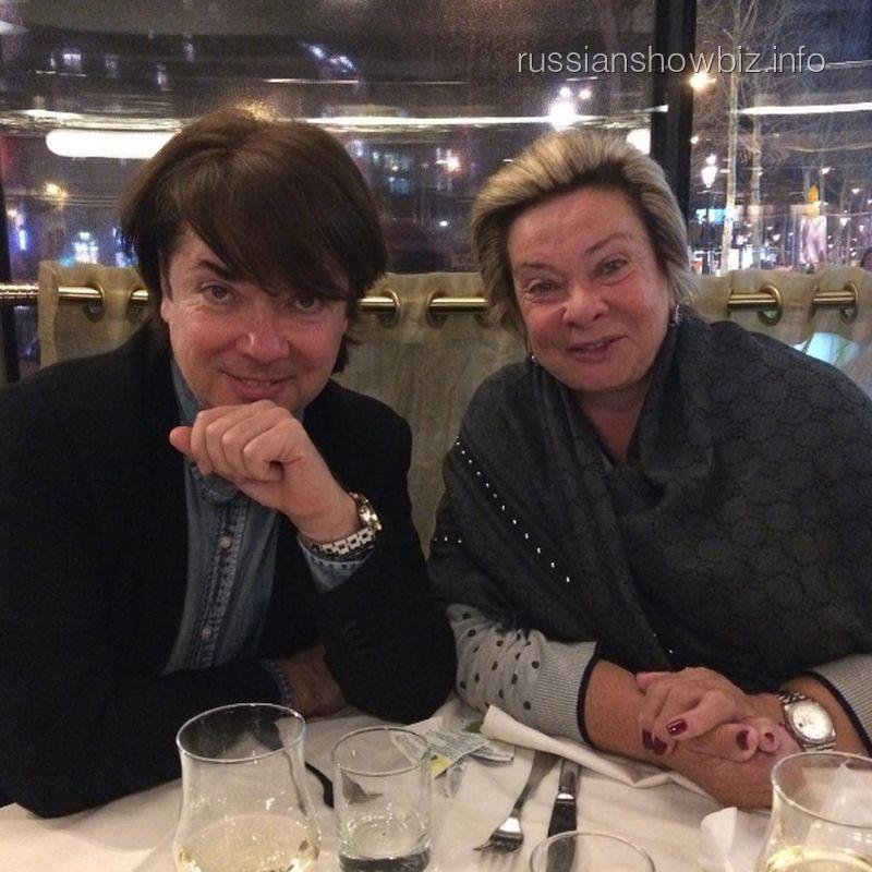 Валентин Юдашкин с мамой