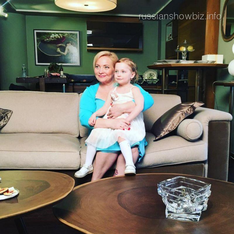Светлана Пермякова с дочерью