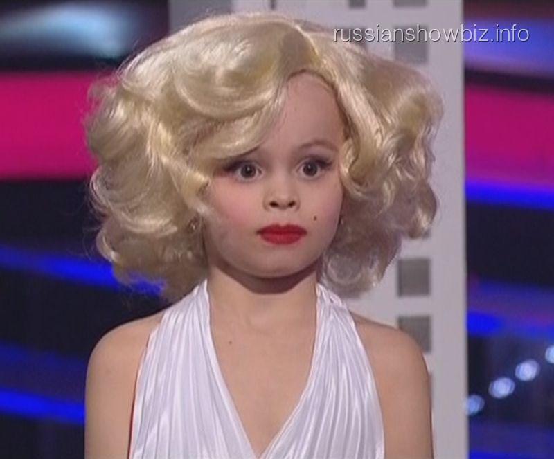 Дочь Виталия Гогунского вышла на сцену в образе Мэрилин Монро