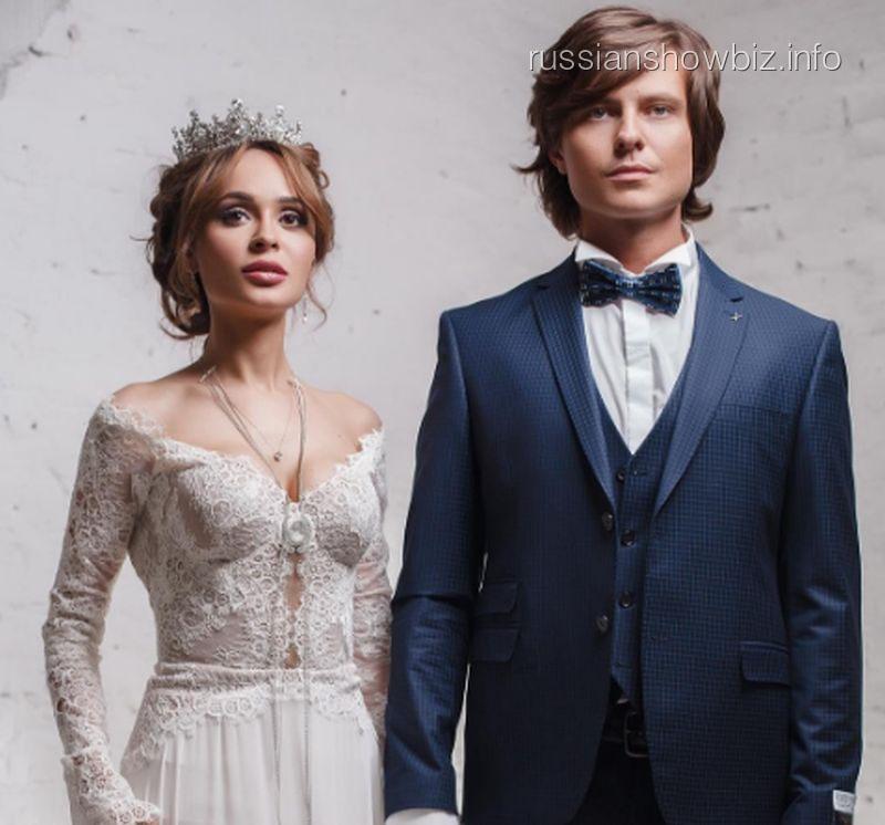 Прохор Шаляпин официально проинформировал, что свадьбы сАнной Калашниковой небудет