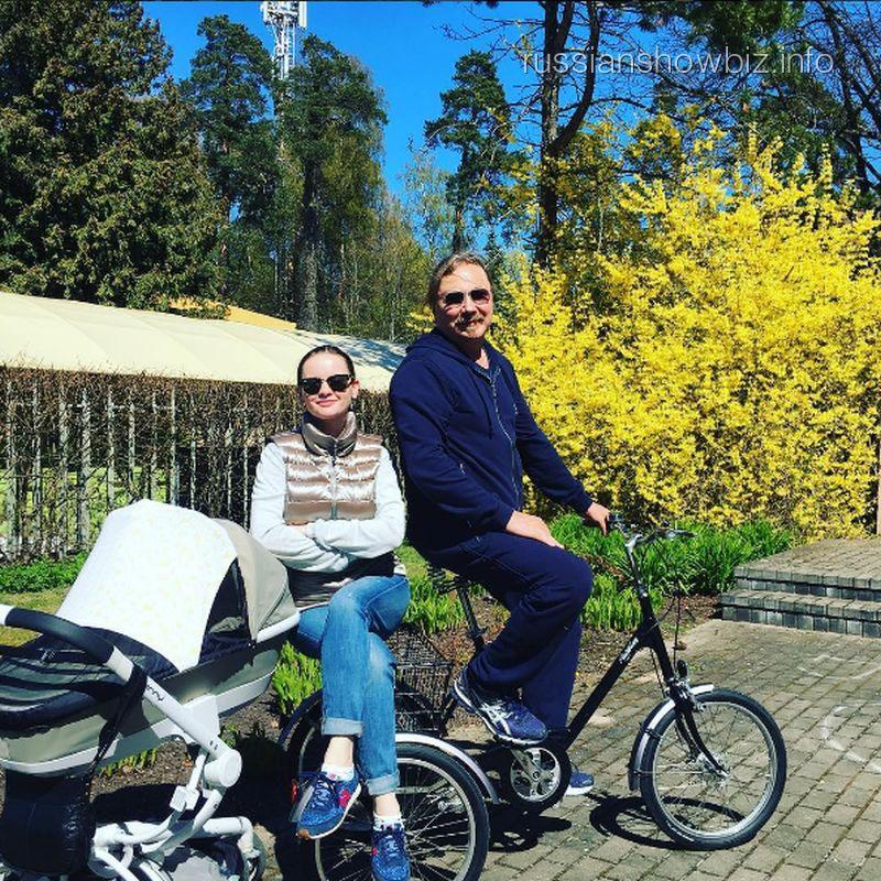 Алла Пугачева стала крестной матерью дочери Игоря Николаева