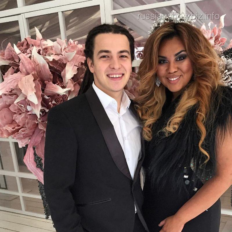 Корнелия Манго с мужем