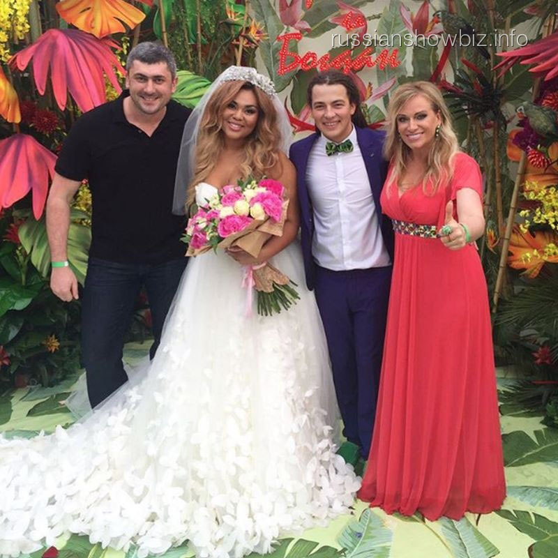 Свадьба Корнелии Манго