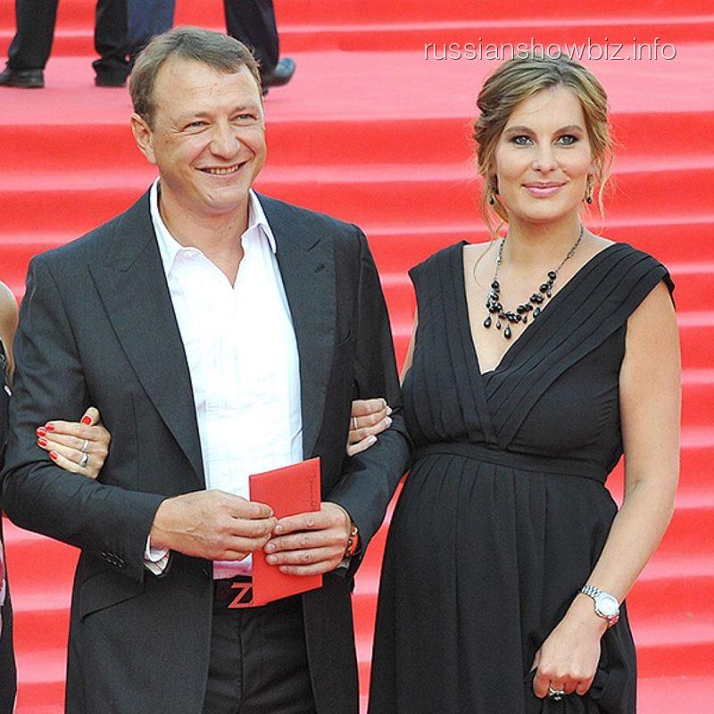 Марат Башаров с женой (фото - КП)