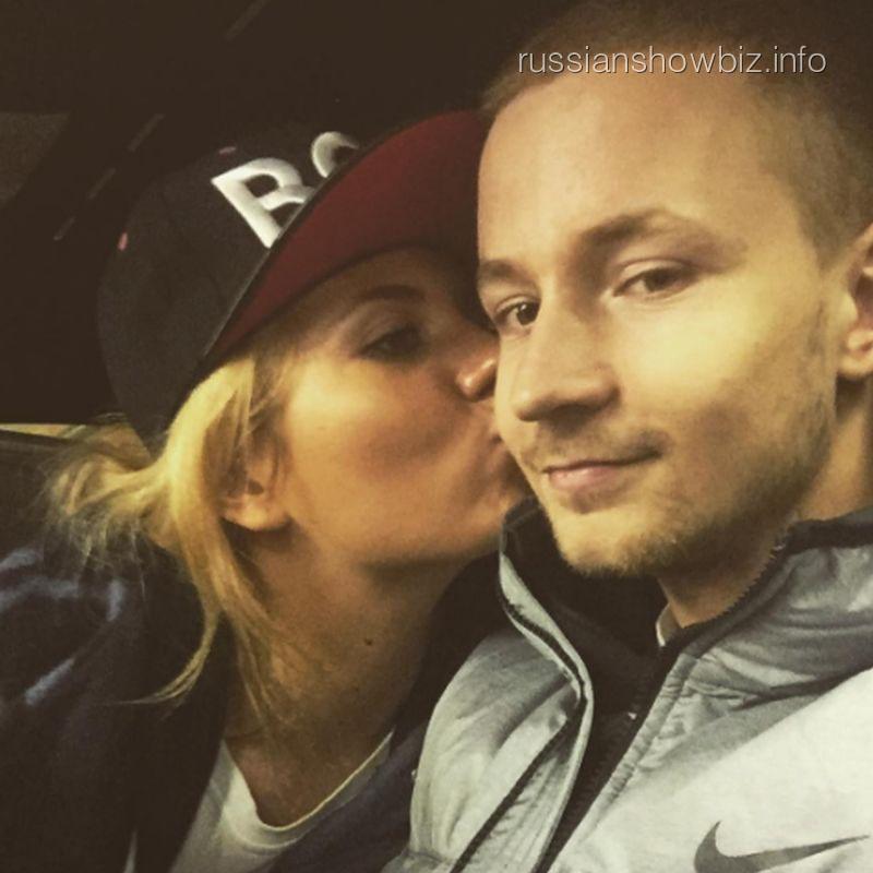 Анна Шульгина с возлюбленным