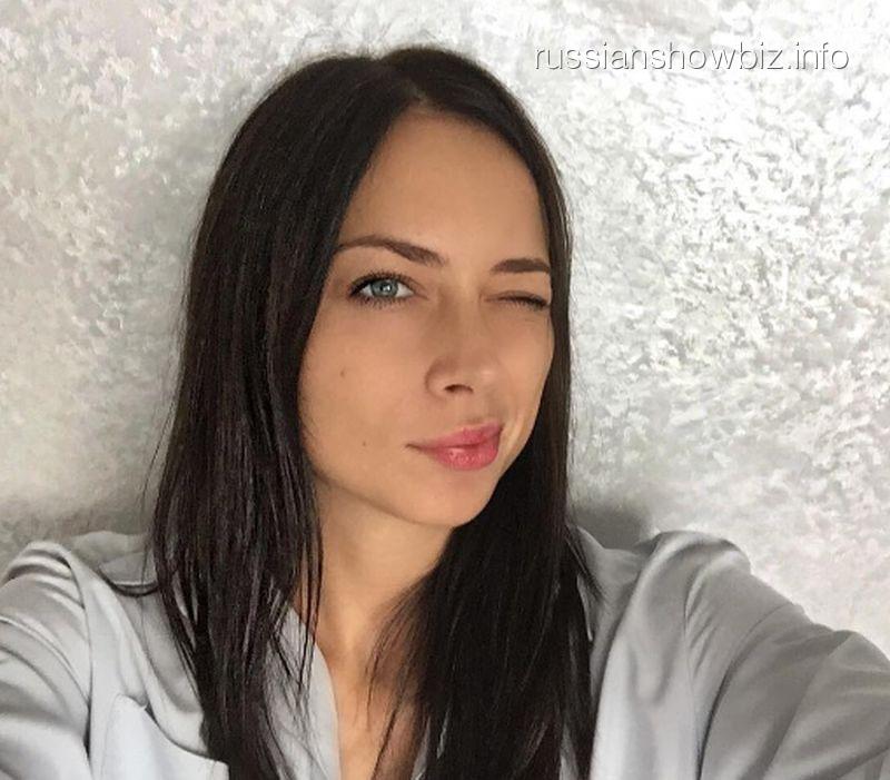 Настасья Самбурская вылила «ушат грязи» на«Дом-2» иКсению Бородину