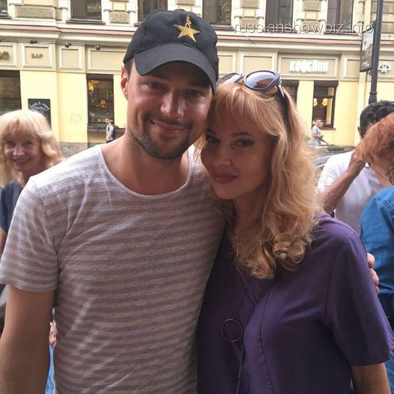 Данила Козловский с мамой