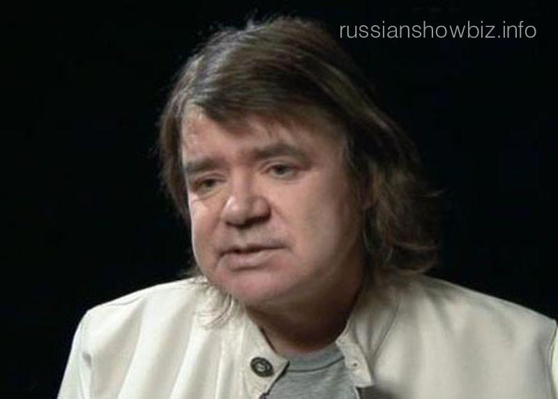 Солист Евгений Осин вкрайне тяжелом состоянии попал в клинику