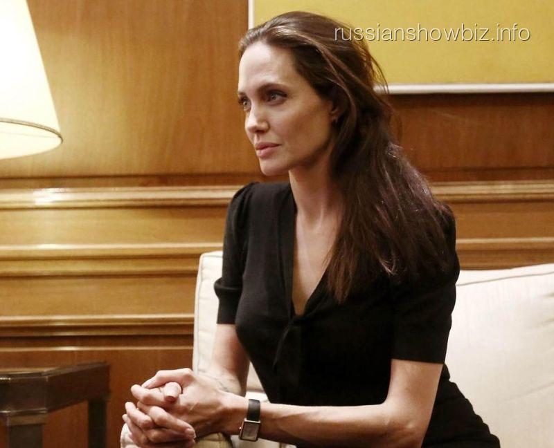 Анджелину Джоли допросили сотрудники ФБР