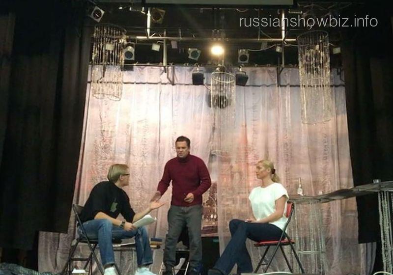 Анастасия Волочкова в театральной сцене