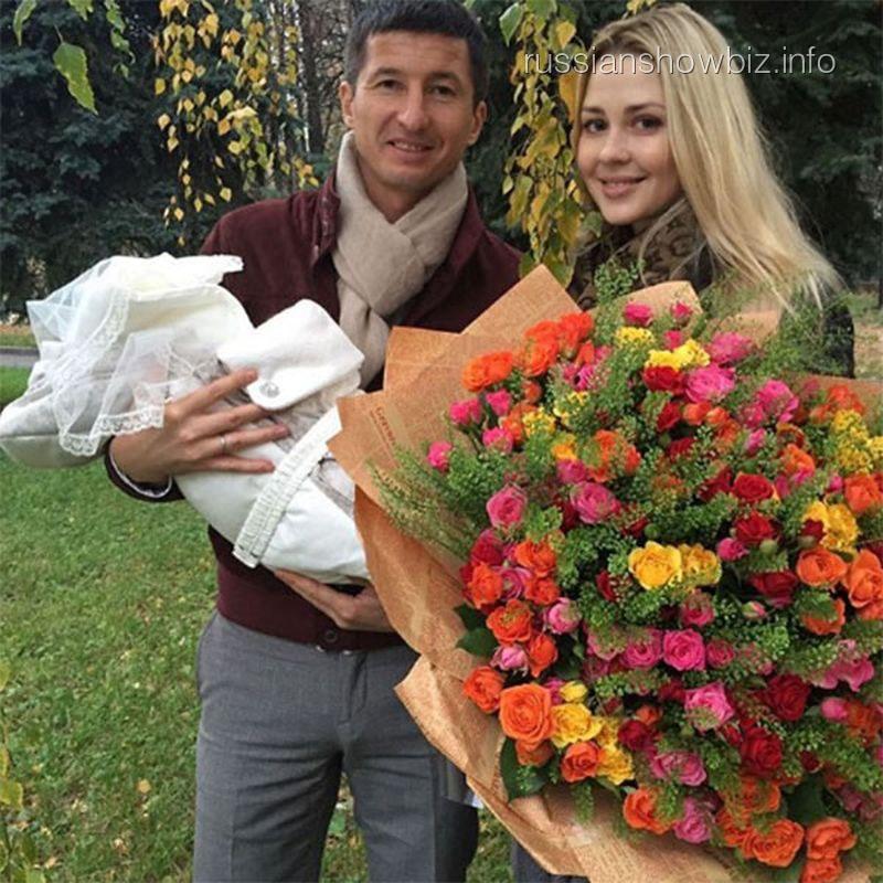 Евгений Алдонин с женой и сыном