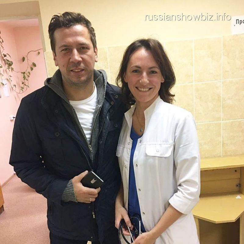 Андрей Мерзликин с врачом