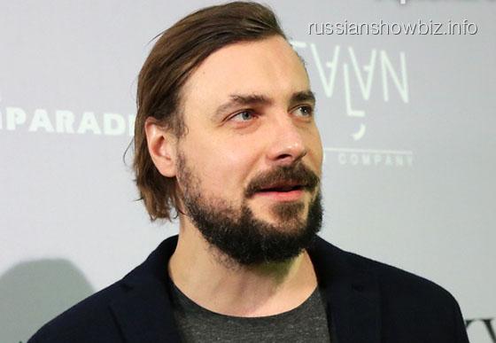 Евгений Цыганов обвенчается с Юлией Снигирь