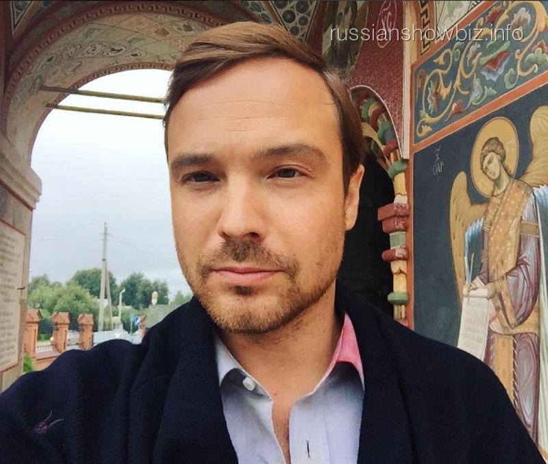 Алексей Чадов вынужден скрываться отсына