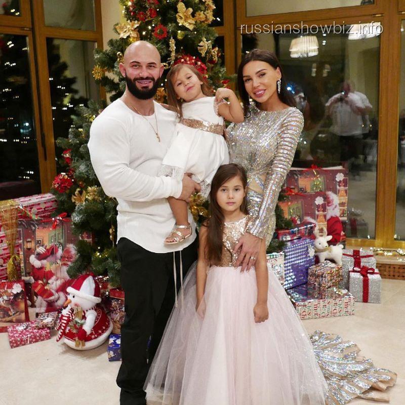 Джиган с семьей