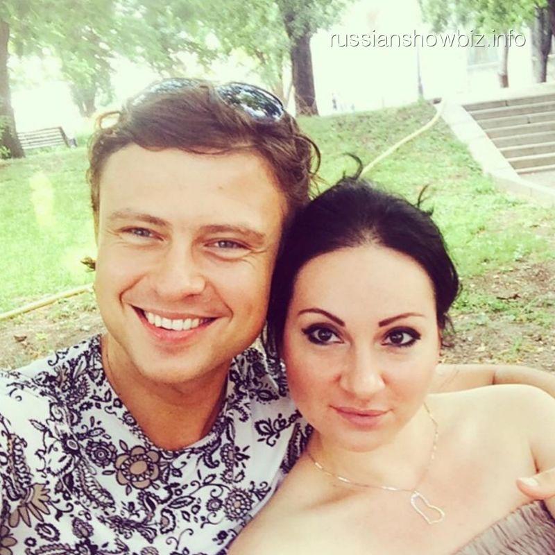 Прохор Шаляпин с подругой