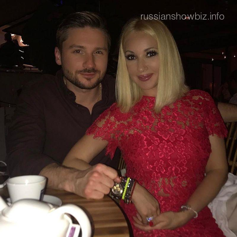 Лера Кудрявцева проводит отпуск сбывшим любовником