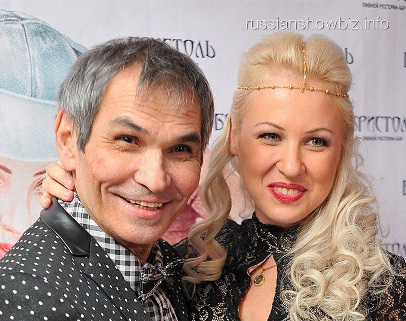 Бари Алибасов бросил супругу из-за измены