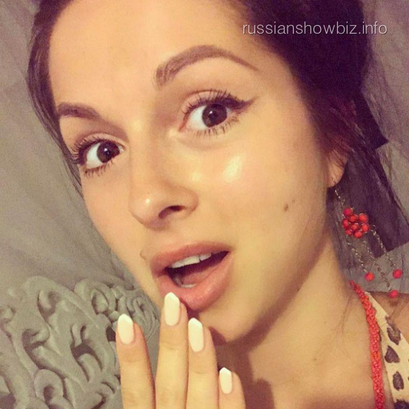 Эстрадная певица Нюша выходит замуж— Поклонники вшоке