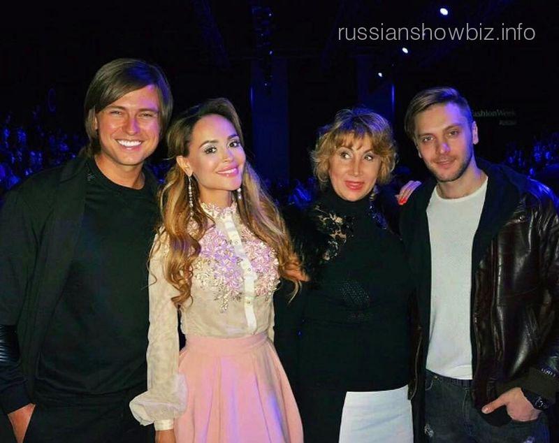 Прохор Шаляпин, Анна Калашникова и Лариса Копенкина с сыном