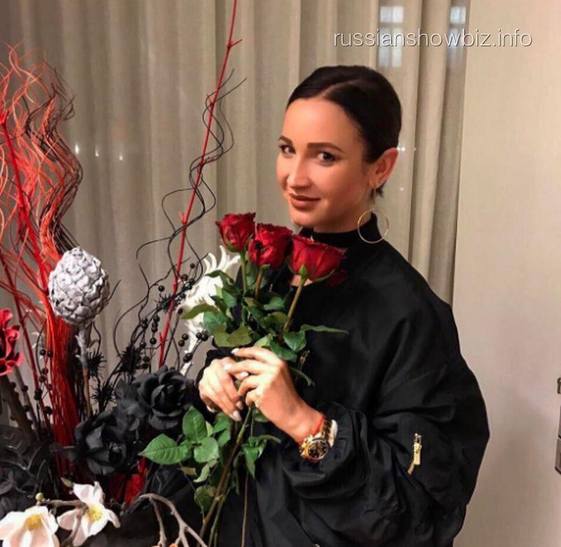 Ольга Бузова прокляла Тарасова