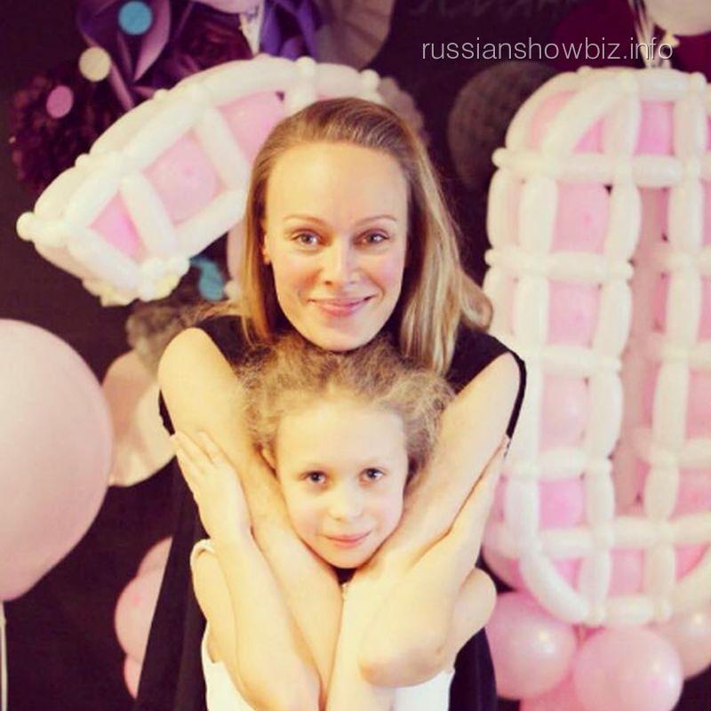 Ольга Ломоносова с дочерью