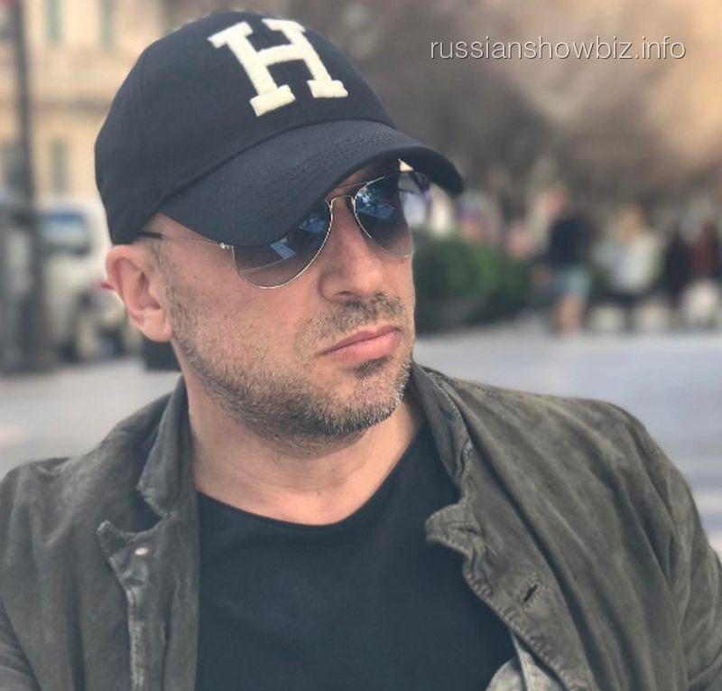 Дмитрий Нагиев 5 часов катался вметро столицы под охраной милиции