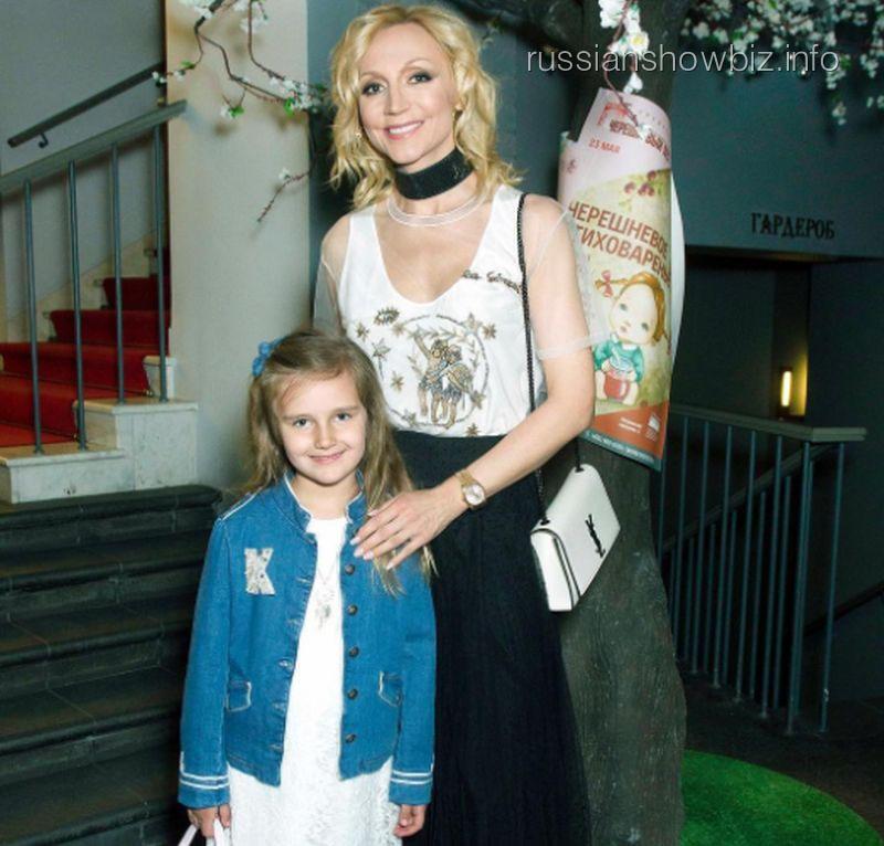 Кристина Орбакайте с дочерью