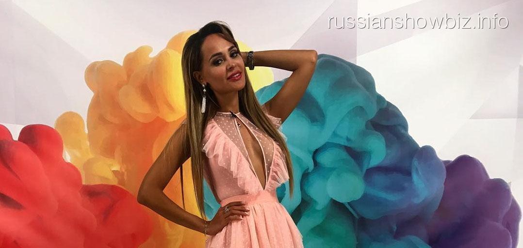 Анна Калашникова