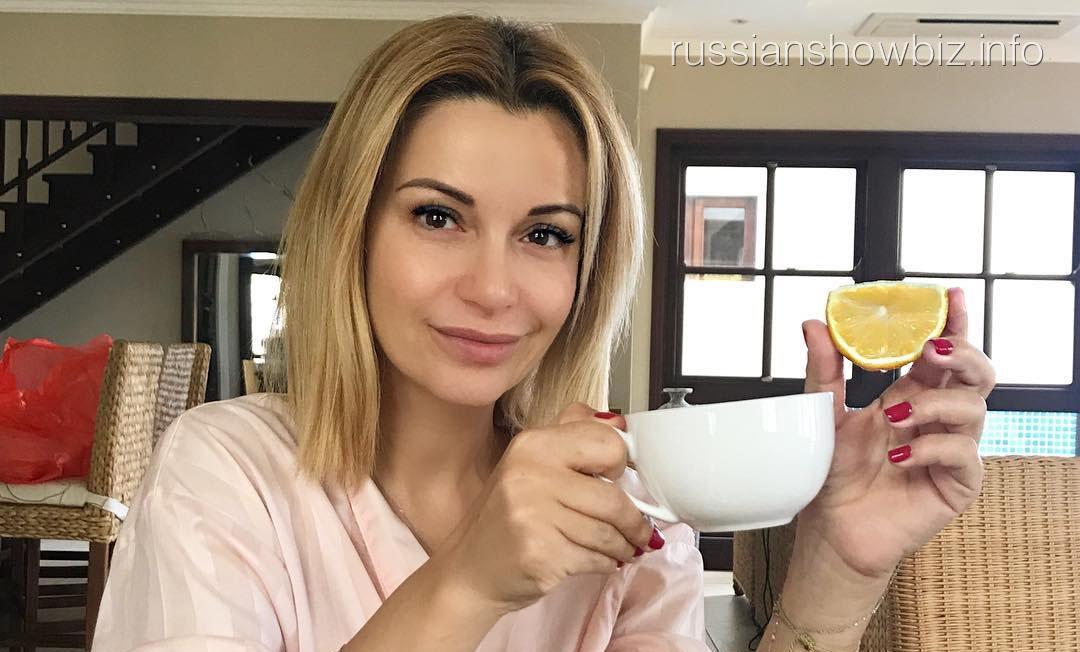 Захворавшая Ольга Орлова покинула Россию