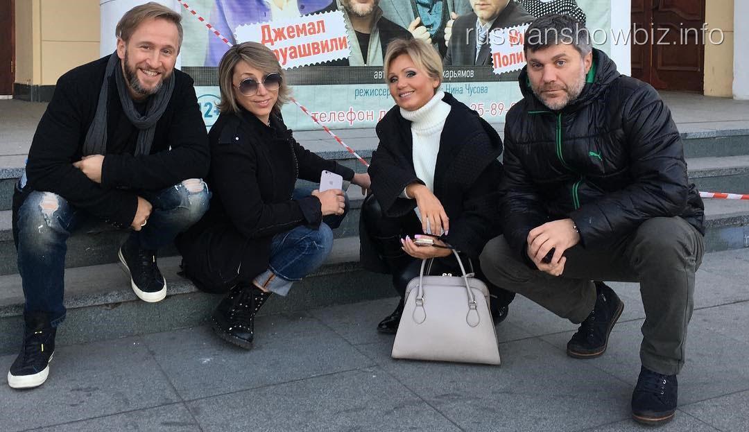 Елена Воробей с трупой