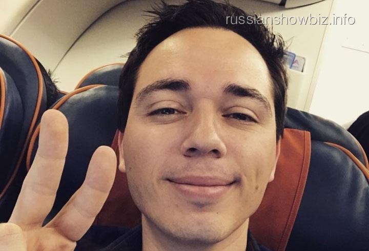 Родион Газманов покинул Россию