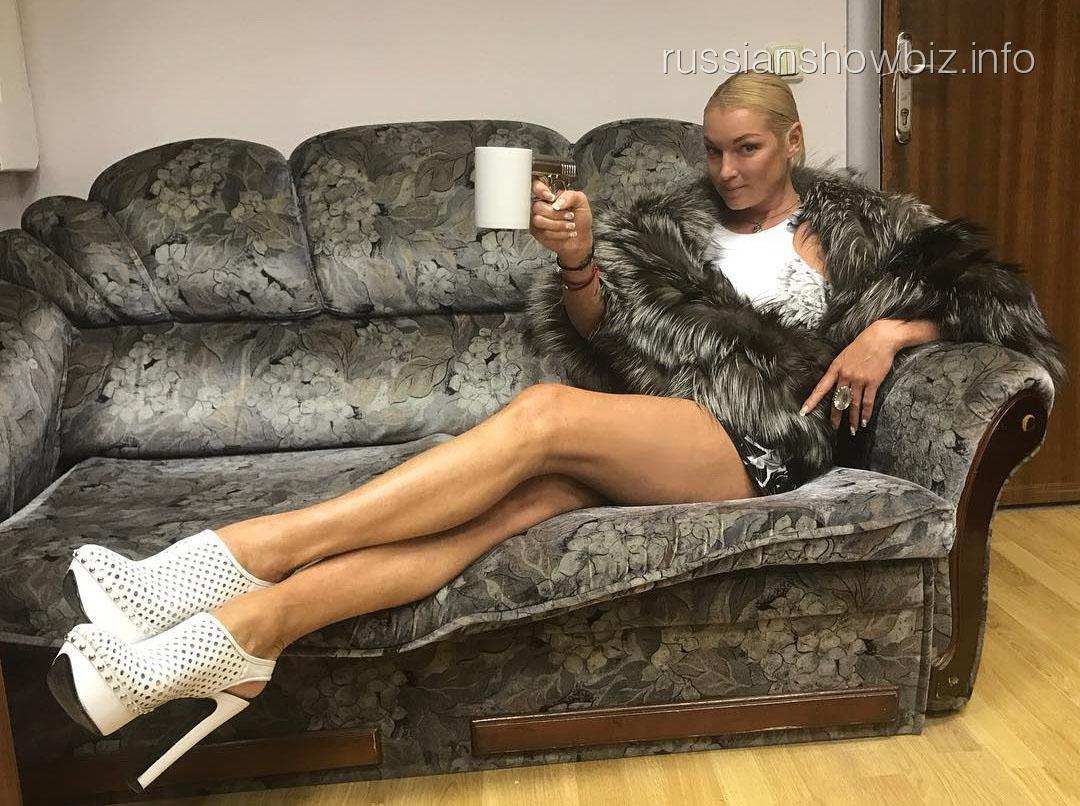 Анастасия Волочкова попыталась оправдать себя