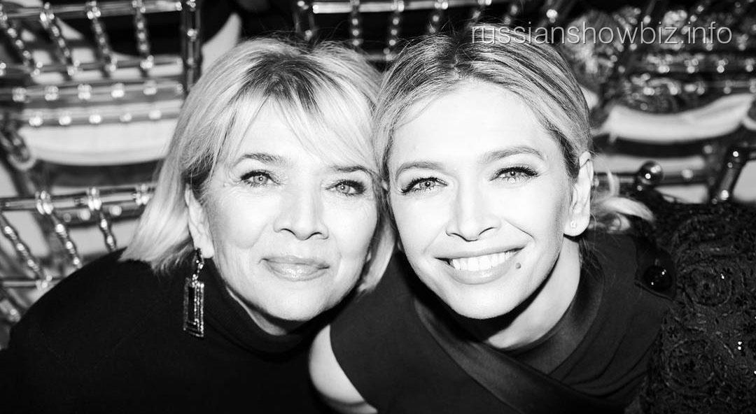 Вера Брежнева с матерью