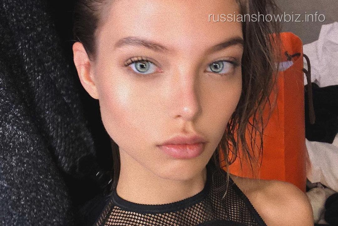 Алеся Кафельникова показала фото без нижнего белья