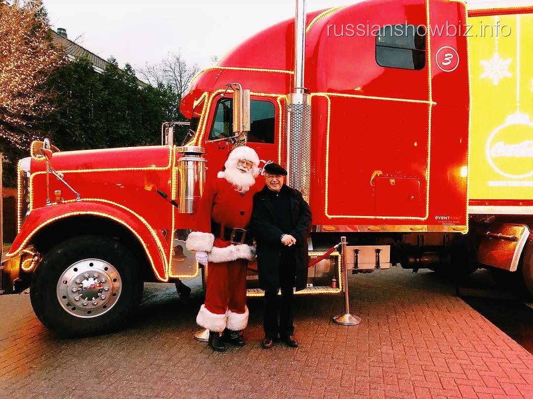 Евгений Петросян с Санта Клаусом