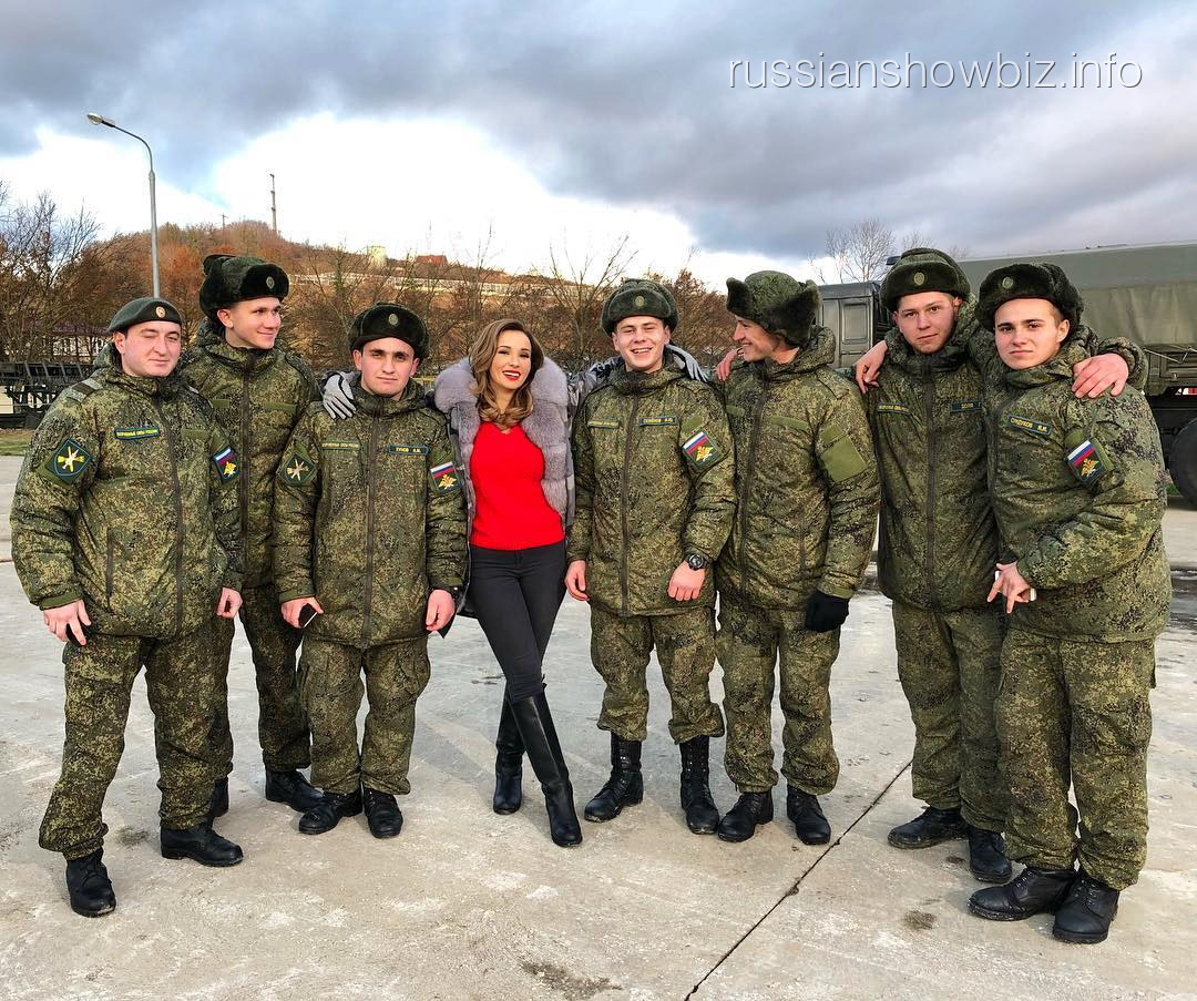 Анфиса Чехова в армии