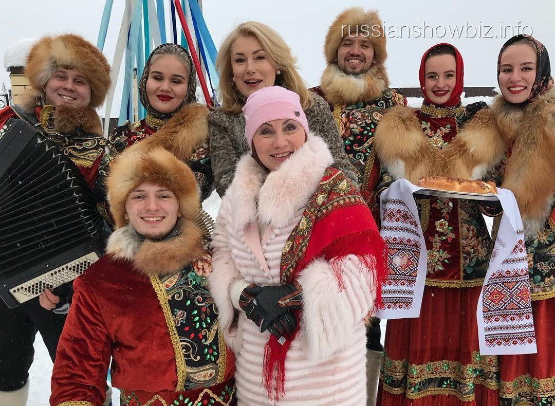 Роза Сябитова и Мария Шукшина
