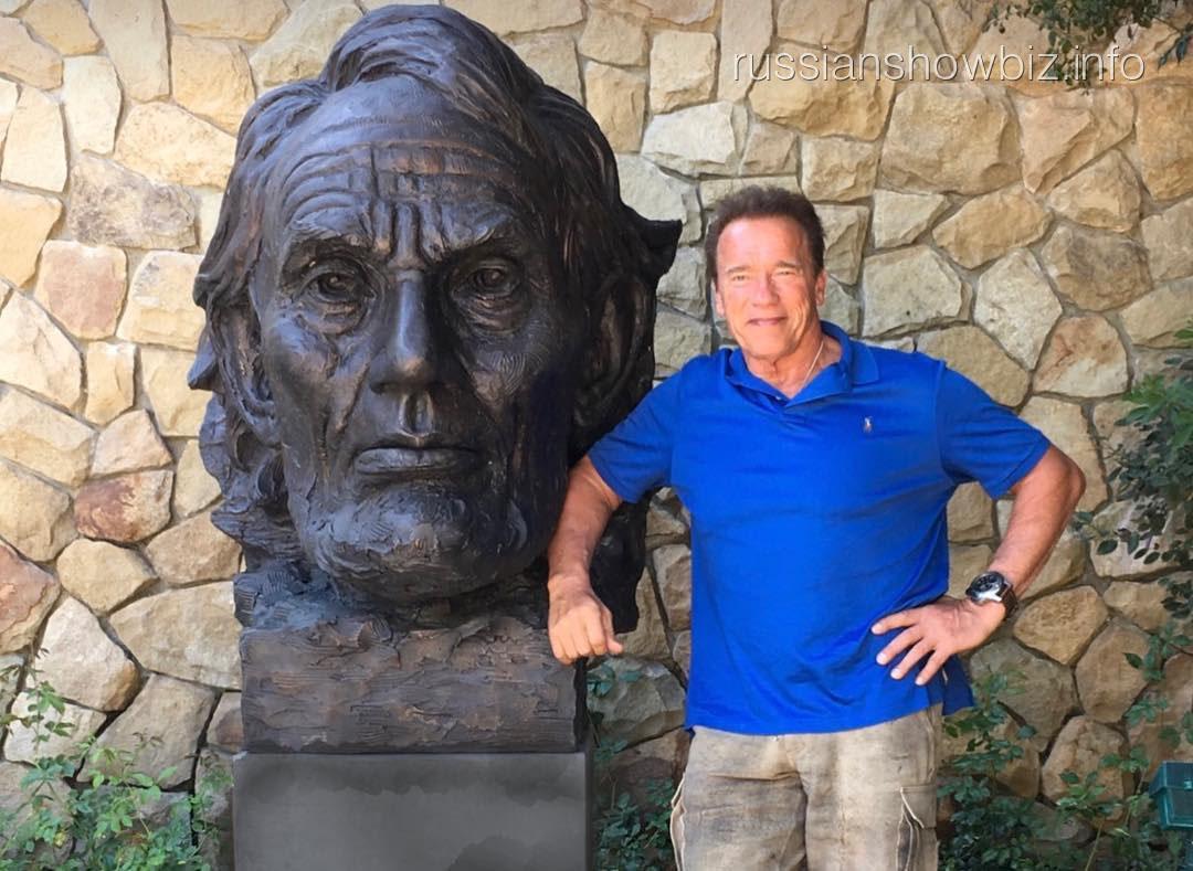 Арнольда Шварценеггера затравили за фото с Линкольном