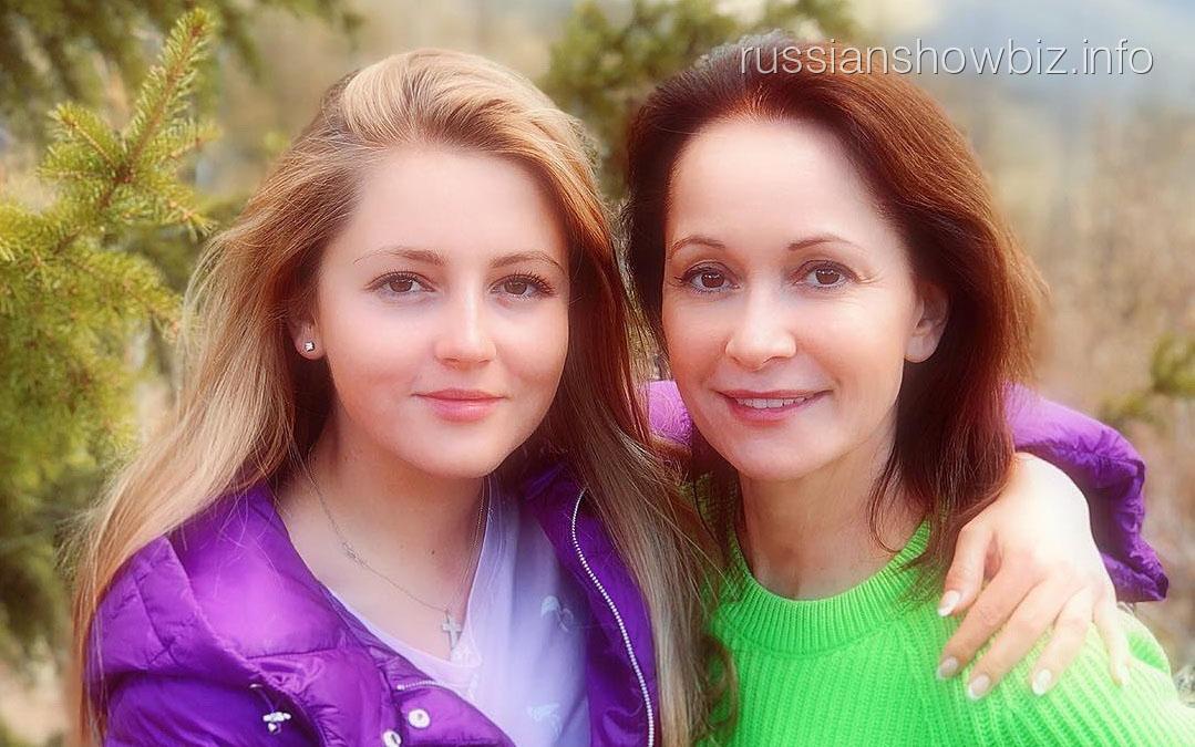 Ольга Кабо с Анной Михайловской