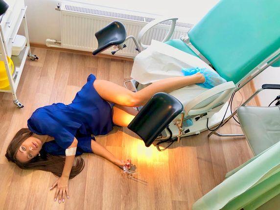 Кончила на кресле гинеколога видео согласен