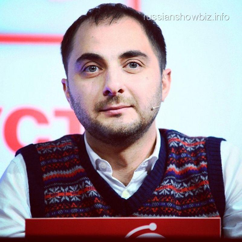 Демис Карибидис